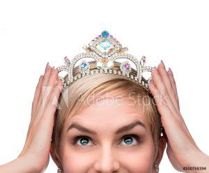 Sarah Butler Therapies VIP Crown